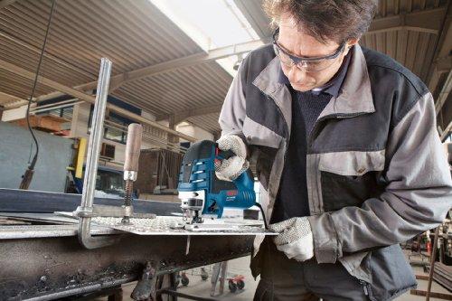 Bosch Professional GST 150 BCE Stichsäge, Schnitttiefen 150 mm Holz, 20 mm Alu, 10 mm Stahl, Handwerkerkoffer, 1 Stück, 0601513000 - 3