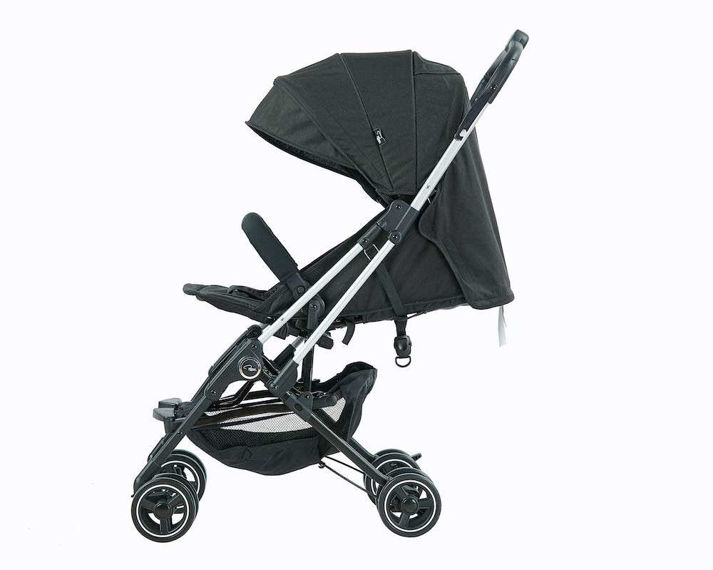 Roma Capsule² Compact Airplane Travel Buggy from Newborn Only 5.6 kgs - Black with Silver Shimmer Chassis Roma Compact lie-back stroller - suitable from newborn to 15 kgs Includes rain cover, insect net, travel bag Locked and swivel wheels, shopping basket, 2