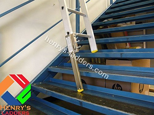 henrys-stairmaster-staircase-ladder-leveller-ladder-safety-on-stairs-fits-either-leg-made-in-the-uk