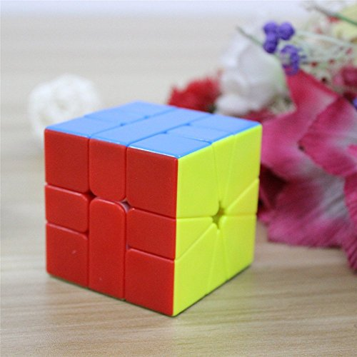 HappyToy QiYi MoFangGe Square One SQ1 Speed Puzzle Magic Cube + un cube de base Stand (Stickerless)