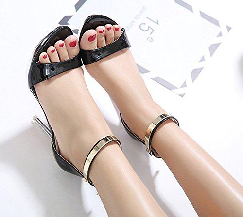 Aisun Femme Mode Ornement Métallique à Talon Haut Aiguille Sandales Noir