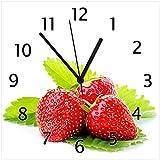 Wallario Glas-Uhr Echtglas Wanduhr Motivuhr • in Premium-Qualität • Größe: 30x30cm • Motiv: Frische rote Erdbeeren für die Küche