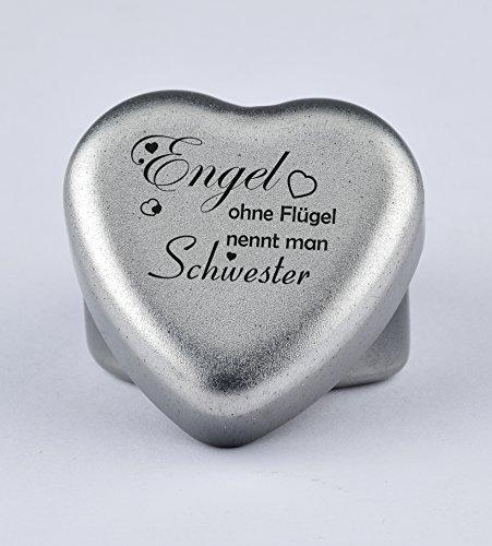 """Duftkerze Teelicht Vanille in Herzform mit Gravur """"Engel ohne Flügel nennt man Schwester"""" auf dem Deckel als Geschenk zum Geburtstag oder zu Weihnachten"""