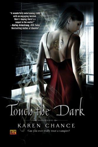 Touch The Dark (Cassie Palmer, Band 1)