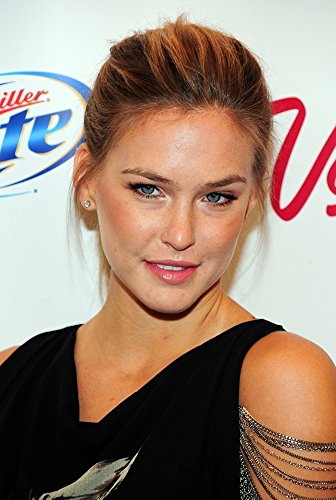 bar-refaeli-in-attendance-for-sports-illustrated-2010-swimsuit-issue-launch-party-photo-print-4064-x