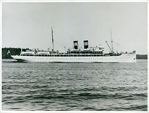 vintage-photo-of-bore-ii-the-shipping-company-silja