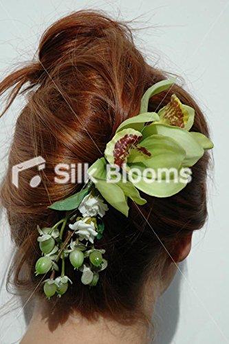 Hermoso-color-verde-de-la-orqudea-de-la-dama-de-honor-pinza-de-pelo-con-rosas
