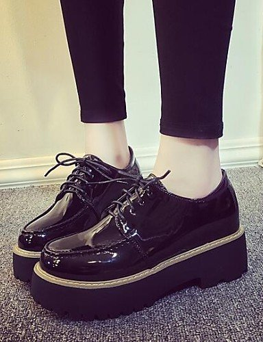 ZQ hug Scarpe Donna-Sneakers alla moda-Formale / Casual-Punta arrotondata / Comoda-Plateau-Finta pelle-Nero , black-us8 / eu39 / uk6 / cn39 , black-us8 / eu39 / uk6 / cn39 black-us6 / eu36 / uk4 / cn36