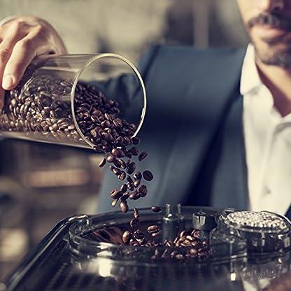 Saeco-Xelsis-SM768300-Kaffeevollautomat-17L-Touchscreen-Scheibenmahlwerk-aus-Keramik-15-Kaffeespezialitten-edelstahlschwarz