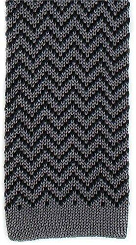 Michelsons of London Charbon/Noir Zig Zag Silk Skinny cravate en tricot de