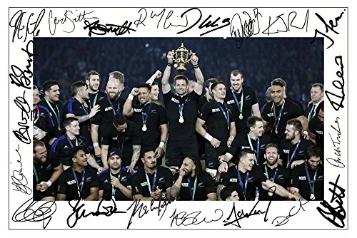 New Zealand All Blacks 2015 Rugby World Cup Winners Signiert Autogramme 21cm x 29.7cm Plakat Foto (Rugby 21)