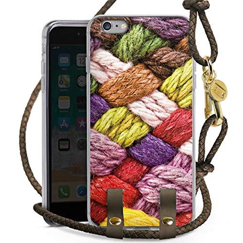 DeinDesign Apple iPhone 6 Plus Carry Case Hülle zum Umhängen Handyhülle mit Kette Wolle Look Stricken Colourful