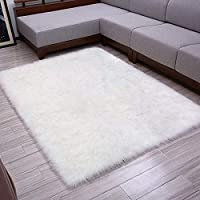 LOCHAS White Fluffy Faux Fur Rug Living Room Super Soft Sheepskin Rug Non Slip Yoga Mat Bedroom Sofa Shaggy Silky Plush Carpet Bedside Table Home Decor 90 x 150 cm
