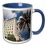 3dRose Cuba: Havana, Vedado, Hotel Nacional, Exterior-Ca11 Wbi0131-Walter Bibikow-Two Tone Taza, Cerámica, Azul, 10.16 x 7.62 x 9.52 cm