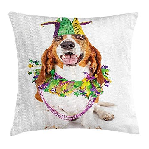 MeiMei2 Kissenbezug, Karnevalsmotiv, mit lächelndem Basset Hound und Hund, der einen Jester-Hut trägt, Girlande, Perlenkette, dekorativ, quadratisch, 45,7 x 45,7 cm, Mehrfarbig (Rot Jester Schwarz Und Hut)