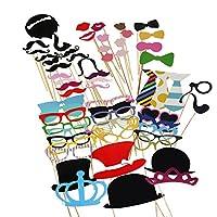 La description L'article est un ensemble de 60pcs différents des accessoires de stand drôle et intéressant de photo, qui comprend principalement des moustaches, des lèvres rouges, des lunettes, des liens, etc. Vous pouvez utiliser ces accessoires de ...