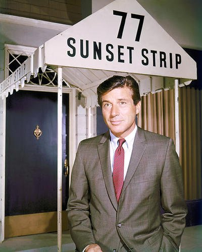 Moviestore Efrem Zimbalist Jr. als Stuart Bailey in 77 Sunset Strip 25x20cm Farbfoto