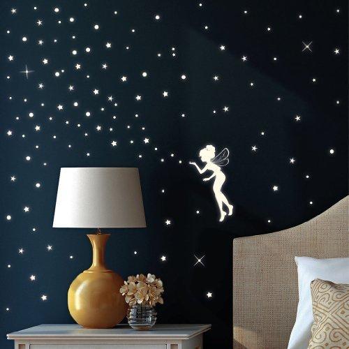 wandtattoo-loft-wandsticker-fluoreszierende-elfe-fee-mit-leuchtsternen-und-leuchtpunkten-aus-nachtle
