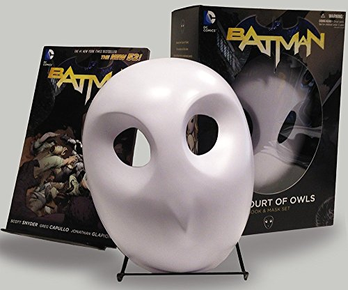 Owls Mask and Book Set (The New 52) (Batman: The New 52) ()