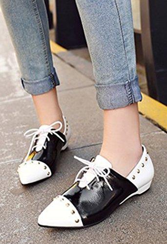 Aisun Femme Mode Bout Pointu à Lacets Ballerines Avec Rivets Blanc