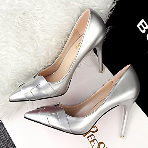 JNTworld Femmes Talons Pointu Bout Mirrored Cuir Verni Robe Pompes Argent
