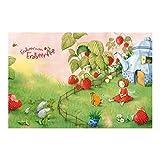 Vliestapete–Fensterbild Erdbeerinchen Erdbeerfee–Im Garten–Wandbild breit