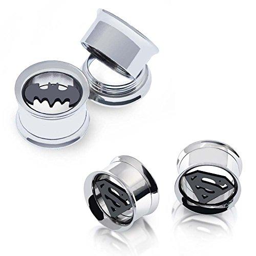"""D&Min Jewelry 2coppie di dilatatori per lobo in acciaio inossidabile, motivo: Batman e Superman, 2g–20 mm, Calibro=5/8"""" (16mm), cod. NW-K001224"""