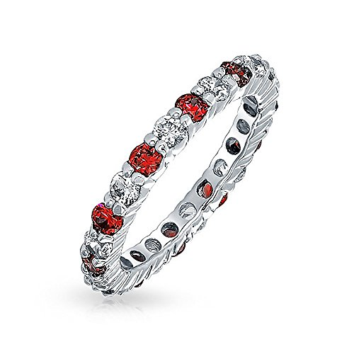 Bling Jewelry Sterling Silber abwechselnd rot simulierten Ruby CZ Eternity Band Ring (Ruby Und Garnet Ring)