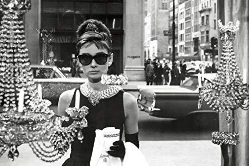 Audrey Hepburn Breakfast at Tiffany\'s // Maxi Poster Fenster