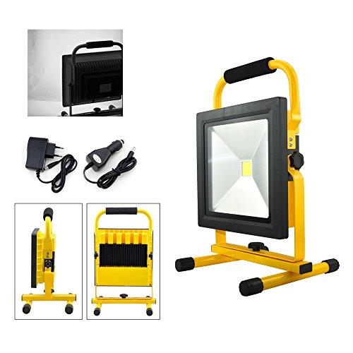 VINGO 50W Blanc Projecteur LED Portable Rechargeable Adaptateur et Chargeur de Voiture inclus Pour Camping, Garage, Terrasse, Jardin, Abri etc