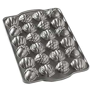 Nordic Ware Autumn Cakelet Pan, Grey