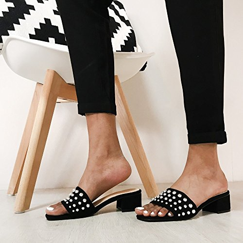 Ideal Shoes Mules à Talon Carré et Clous Fanelia Rouge