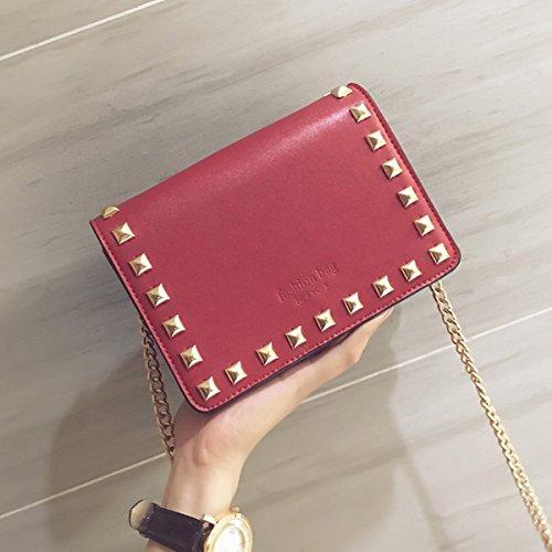 Dame Buchstaben Einrückung Niet Clamshell Kleine Quadratische Tasche Schulter Messenger Bag Rot