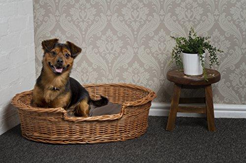 Prestige-Wicker-Pet-Bed-Basket-Small-55-cm