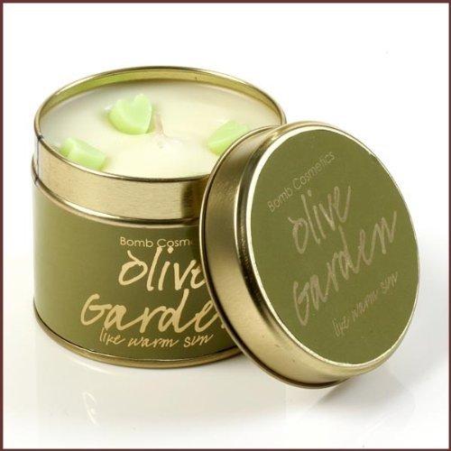 bomb-cosmetics-candela-profumata-in-barattolo-colore-verde-oliva-giardino