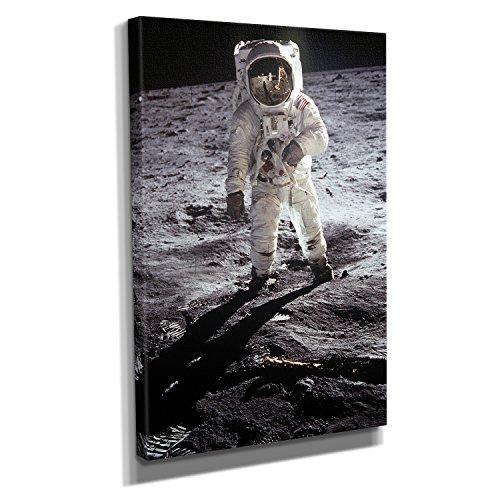 Mondlandung - Kunstdruck auf Leinwand (60x90 cm) zum Verschönern Ihrer Wohnung. Verschiedene Formate auf Echtholzrahmen. Höchste Qualität.