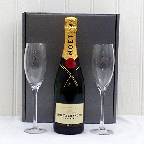 75cl-moet-et-chandon-champagne-with-mr-mrs-flutes-in-silver-gift-box-perfect-wedding-gift