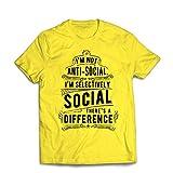lepni.me Männer T-Shirt Ich bin nicht antisoziales nur selektiv soziales, lustiges Sprechen, sarkastische Stimmungs-Anführungsstriche (Small Gelb Mehrfarben)