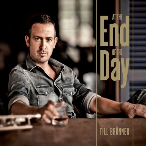 At the End of the Day (Ltd.Ultra Deluxe Edt. inkl. handsigniertem Leinwanddruck 4CD+DVD)