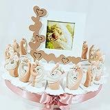 Sindy Bomboniere Statuine SPOSI Cuore Argentato ROMANTICI Originali, Idee per Nozze Tema Amore (Torta 20 fette + 20 sposi + Centrale portafoto + Confetti) *