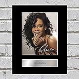 Rihanna Photo dédicacée encadrée