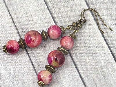 Boucles d'oreilles trio en bronze et perles de jade blanc teinté en rouge