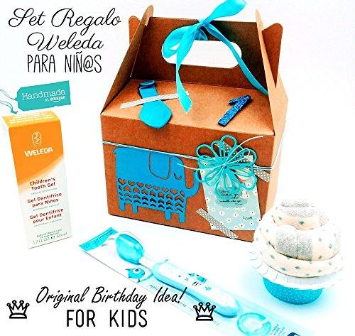 Set-Regalo-Birthday-Box-per-Bimbie-da-1-a-4-anni-Ideale-per-Compleanni-PERSONALIZZAZIONI-Aggiungi-Prodotti-Weleda-Accessori-PREMIUM-Packaging-Deluxe-Nome-e-Anni-Bimbo-Biglietto-Auguri