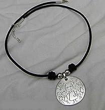 Collar gargantilla cuero con medalla personalizada 25 mm.