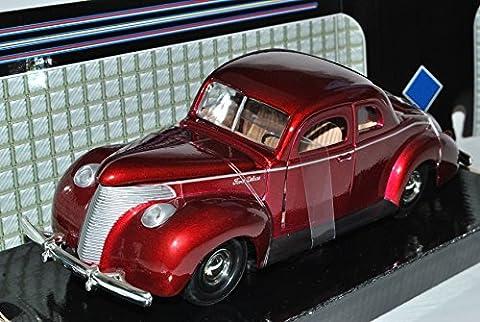 Ford Coupe Custom 1940 Metallic Rot 1/24 Motormax Modell Auto