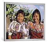 kunst für alle Bild mit Bilder-Rahmen: Anonymous Two Cuna Indian Girls - Dekorativer Kunstdruck, Hochwertig gerahmt, 95x75 cm, Silber Gebürstet