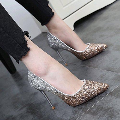 Chaussures Pointues Correspondent Des Souliers À Talons Hauts Paillettes D'Or Et D'Argent Loisirs Chaussures Bon Documentaire Rouge champagne