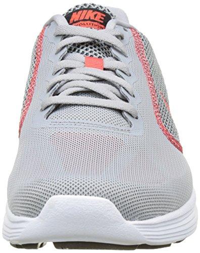 Nike Revolution 3, Scarpe da Corsa Uomo Grigio (Wolf Grey/track Red-black)
