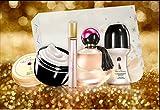 Avon Far Away GESCHENKSET 4tlg.Eau de Parfum Spray, Deoroller, Körpermousse,Taschenspray in weihnachtlicher GESCHENKBOX