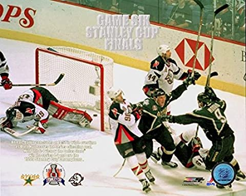 Brett Hull 1999 Stanley Cup Finals Action Photo Print (50.80
